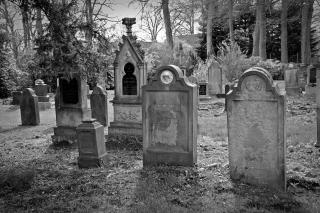 Tombstone-2254390_1920